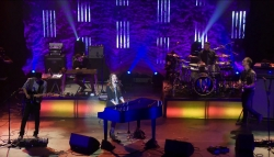 Sara Bareilles Live at The Warfield, December 16th 2010 (still from video)